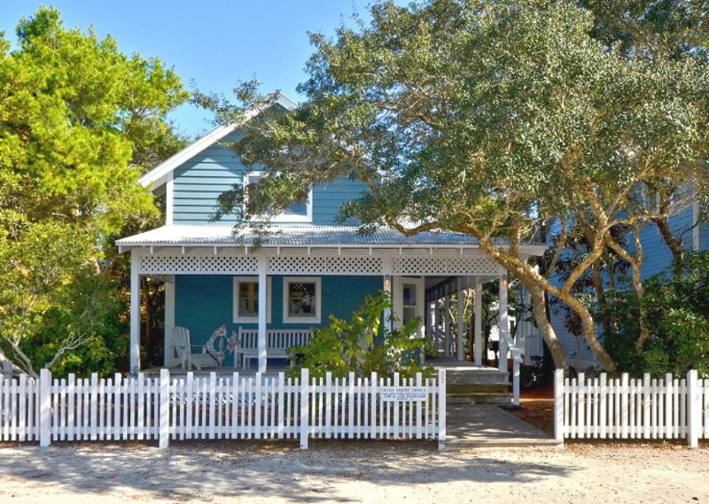 Front Exterior - Blue Suede Shoes - Seaside - rentals