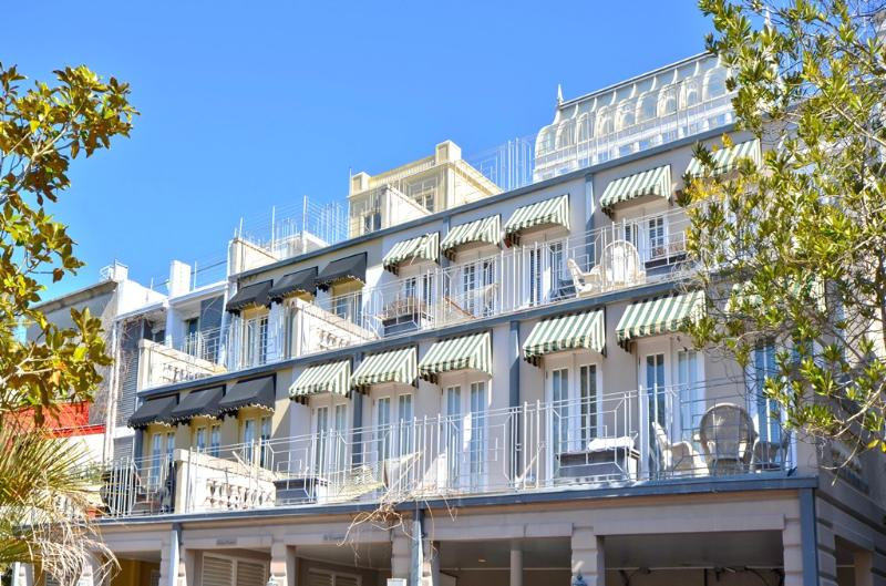 Exterior-View 1 - Conservatory - Seaside - rentals