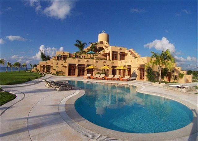 Picture Yourself Here - 23 Acre Beachfront Estate. 7 BR Villa. Private Pool & Tennis Court. Secluded! - Cozumel - rentals