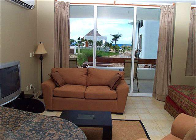 Large Studio, Beachfront San Francisco Beach. Free phone, hi speed internet - Image 1 - Cozumel - rentals