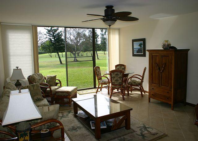 Living Room - Hale Mokulani *** Available for 30 night  rentals, please call - Kahuku - rentals