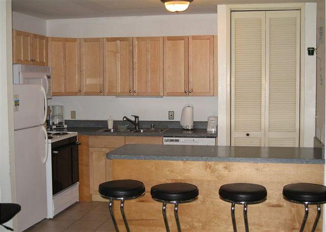 Kitchen - Turtle Bay 046 East * Available for 30 day rentals. Please call - Kahuku - rentals