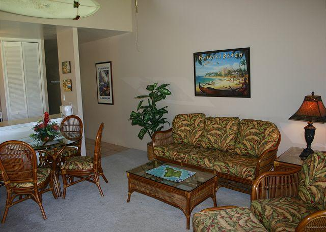 Living room/Dining area - Turtle Bay 032 West *** Available for 30 day rental, please call - Kahuku - rentals