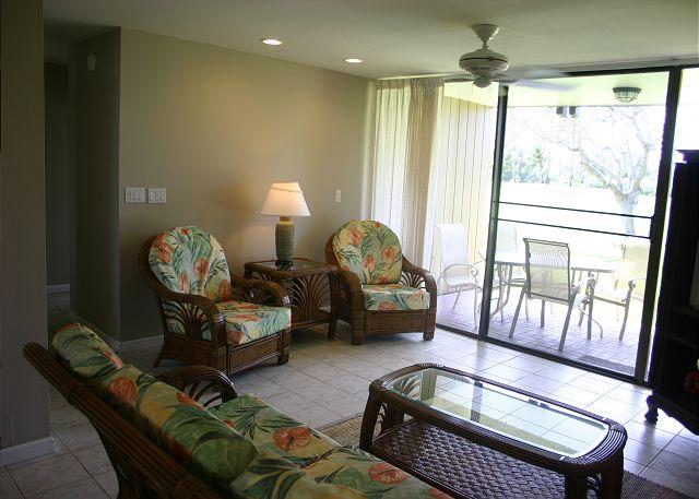 Living Room - Turtle Bay 069 West ***Available for 30 day rental - Kahuku - rentals