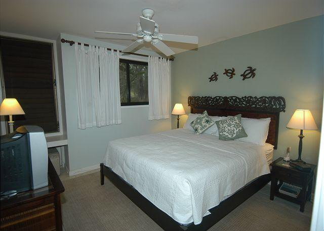 Bedroom - Hale Kai *** Available for 2 people, for 2 nights, up to 30 nights or more. - Kahuku - rentals