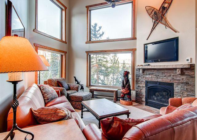 Powderhorn Living Room Breckenridge Ski-in/Ski-Out Condo Rentals - Powderhorn Penthouse Ski-in/Ski-out Condo Breckenridge Lodging - Breckenridge - rentals