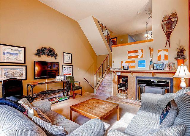 Winterpoint Living Room Breckenridge Lodging - Winterpoint 21 Ski-in Townhome Downtown Breckenridge Lodging - Breckenridge - rentals