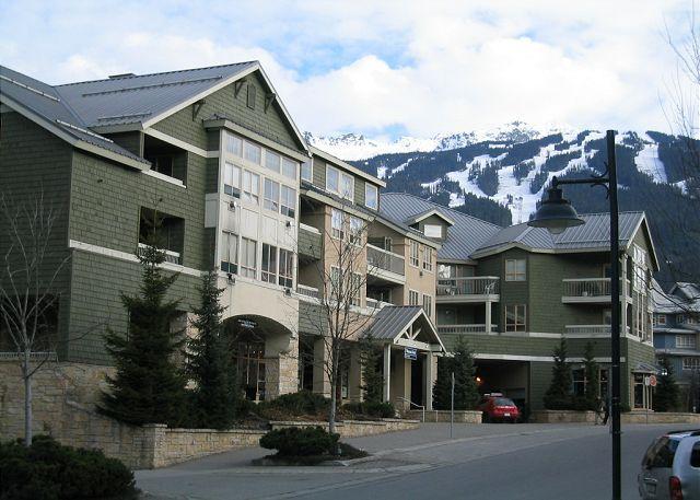 2 +loft, village location, hot tub, pool, free parking, internet - Image 1 - Whistler - rentals