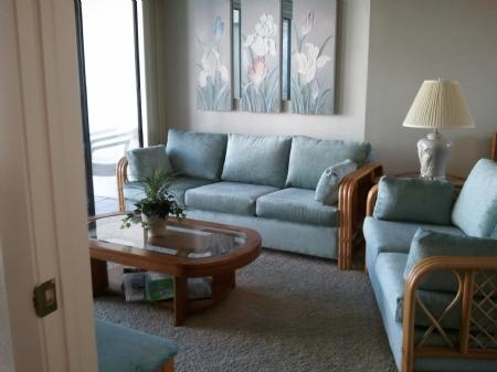 living area long view - Immaculate and conveniently located unit in Waterfront Island Resort - Marco Island - rentals