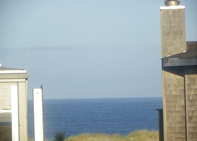 Distant Ocean View - SPINDRIFT HIDEAWAY with oceanview in MANZANITA - Manzanita - rentals