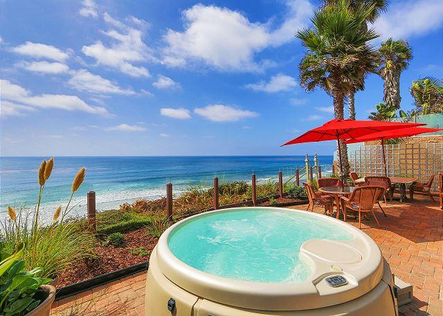 Oceanfront Rental, Large patio, private spa, all amenities included - Image 1 - Encinitas - rentals