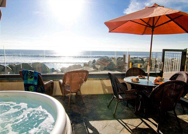 4br/4ba Beautiful Oceanfront Condo, Patio, Spa, BBQ, P118-2 - Image 1 - Oceanside - rentals