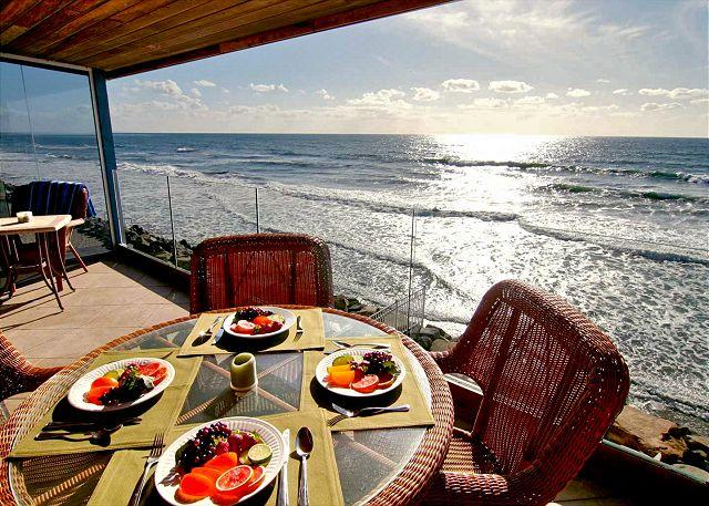 Beachfront Balcony - Private Beachfront home with 7br, 5ba, sleeps 20! Spa, private beach backyard - Oceanside - rentals