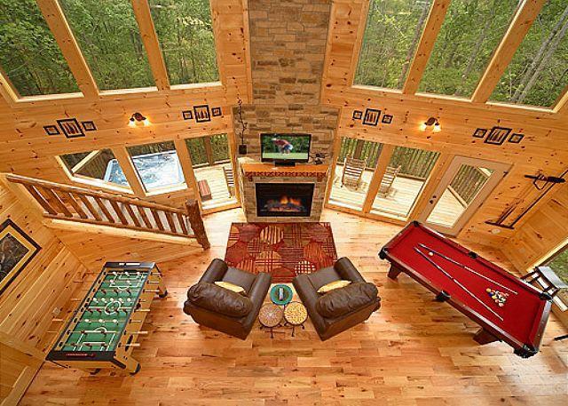 Luxury 2 Bedroom Gatlinburg Cabin with 18 foot Rain Shower! - Image 1 - Gatlinburg - rentals