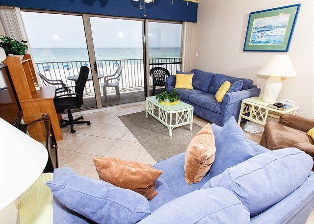 Living Room - ETW 2005:BEACHFRONT 3 BR,FREE BCH SVC,4 HDTVS - Fort Walton Beach - rentals