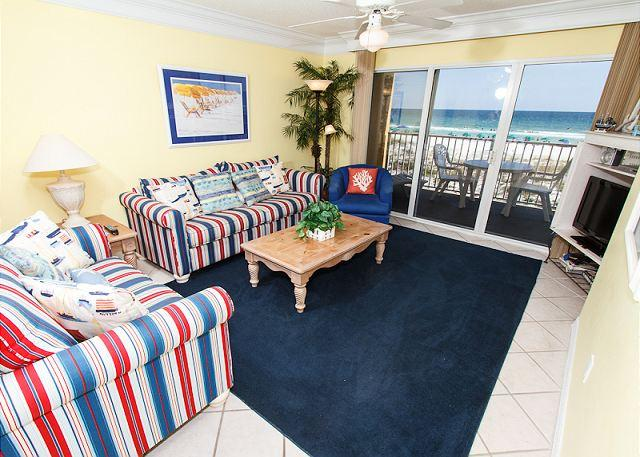 Living Room - GD 212: Cheerfully decorated condo- WiFi, great views, LCD TV's, FREE BCH SVC - Fort Walton Beach - rentals