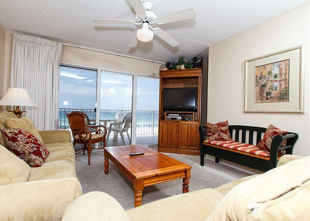 Living Room - GD 303: Beachfront condo with gulf view - WIFI, tennis, BBQ, FREE BEACH SVC - Fort Walton Beach - rentals
