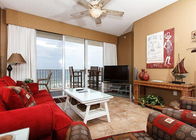 Living Room - GD 508:Incredible beachview condo-new tile&carpet,WiFi, BCH SVC - Fort Walton Beach - rentals