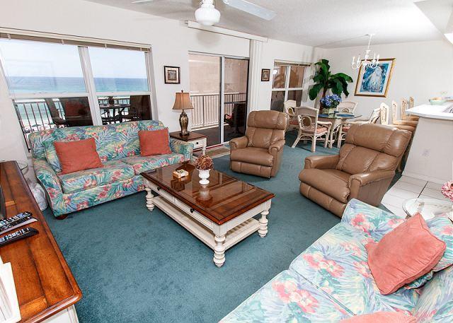 Living Room - Condo #5009: Great Beachfront condo- WiFi,Free Beach Service**KEYLESS ENTRY** - Fort Walton Beach - rentals