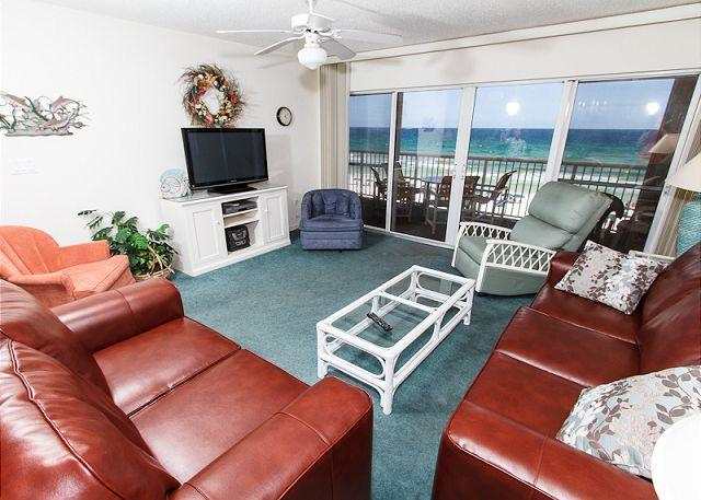 Living Room - Condo #5010:Updated gulf front condo-WiFi, HDTV,FREE Beach service - Fort Walton Beach - rentals
