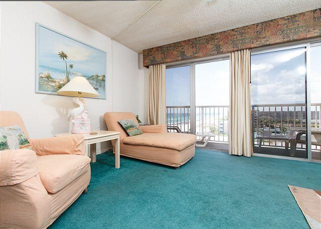 Living room - Condo #706:Spacious beach condo-priv balcony,full kitchen,WiFi,FREE BCH SVC - Fort Walton Beach - rentals