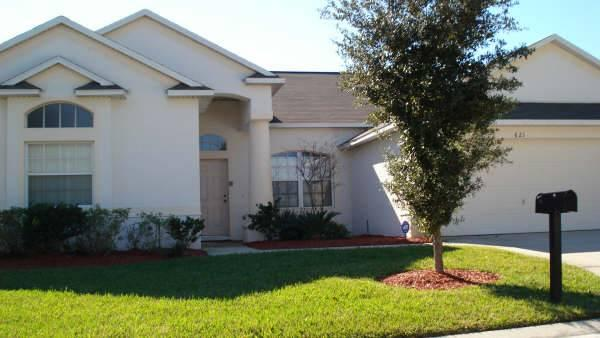 Private 5BR home near highway for easy park access - GR621E - Image 1 - Davenport - rentals