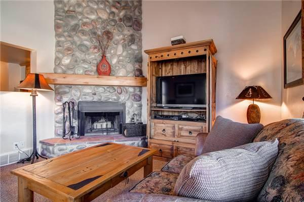 EMPIRE AVENUE 1048:  Walk to Lifts! - Image 1 - Park City - rentals