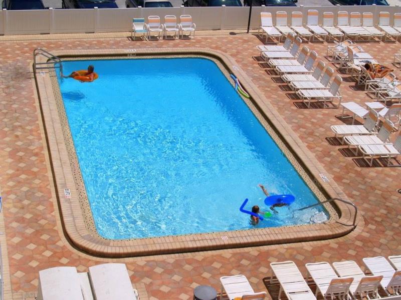 #503 Beach Place Condos - Image 1 - Madeira Beach - rentals