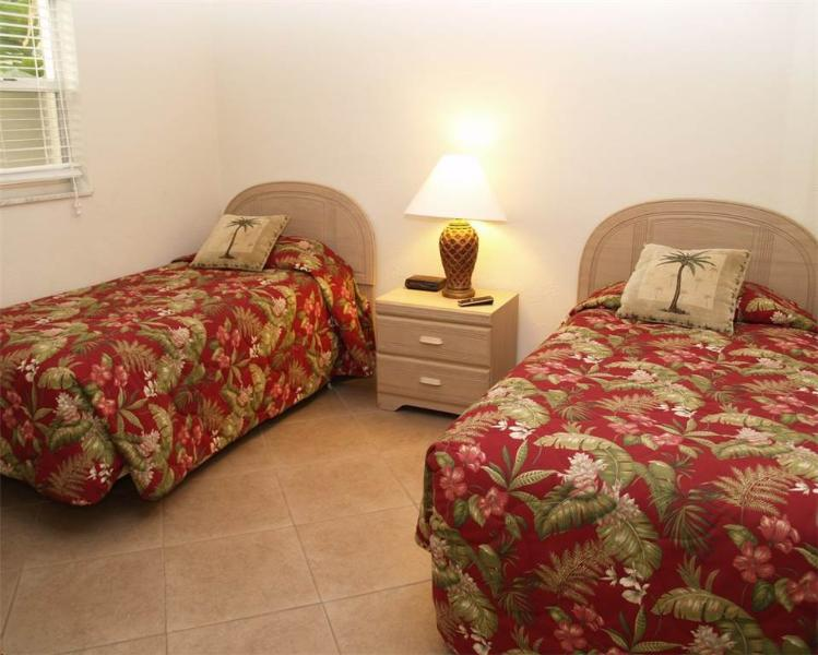 #118 at Surf Song Resort - Image 1 - Madeira Beach - rentals
