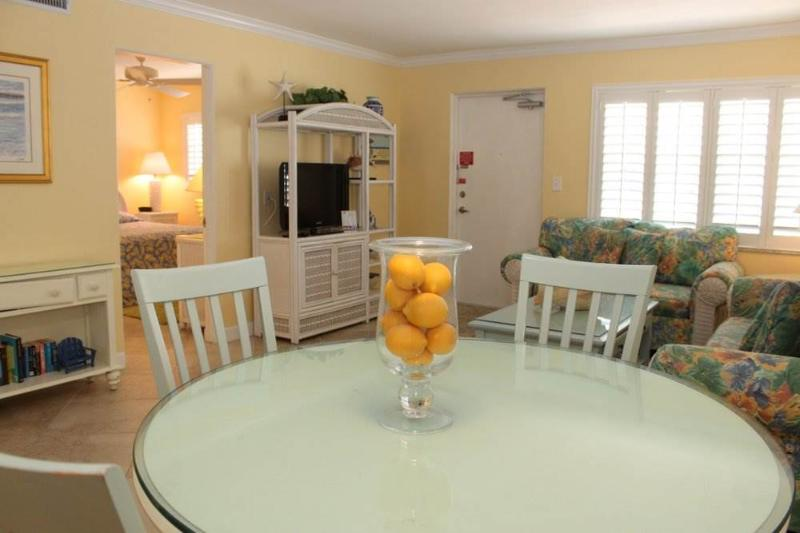 #224 at Surf Song Resort - Image 1 - Madeira Beach - rentals