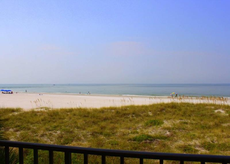 #240 at Surf Song Resort - Image 1 - Madeira Beach - rentals
