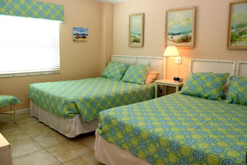 #350 at Surf Song Resort - Image 1 - Madeira Beach - rentals