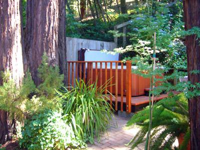 Fairy Circle Cottage, Spa in a Garden Setting, Redwoods - Fairy Circle Cottage - Guerneville - rentals