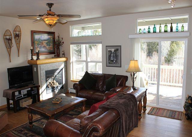 BRR120M Splendid Townhouse w/Garage, Wifi, Fireplace, - Image 1 - Silverthorne - rentals