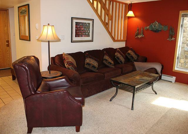 CC200 Fantastic Condo w/ Wifi, Fireplace, Clubhouse, 2 Blocks Off Main St. - Image 1 - Frisco - rentals