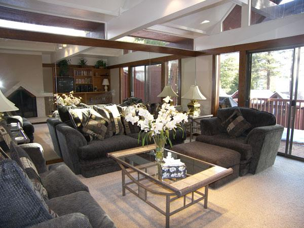 Gorgeous 2 BR-2 BA Condo in Incline Village (105CS) - Image 1 - Incline Village - rentals