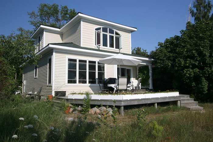 Amberley Beach cottage (#348) - Image 1 - Kincardine - rentals