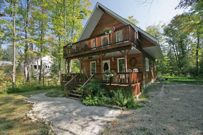 Capriccio cottage (#422) - Image 1 - Sauble Beach - rentals