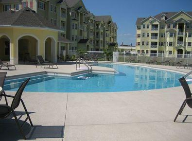 Luxury 2 Bedroom Condo Situated in the Heart of the Attractions. - Great Island Retreat Condo with a Gym and Hot Tub - Kissimmee - rentals