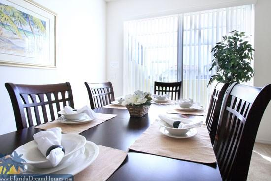 Dining Area - Fabulous Pet-Friendly 4 Bedroom & 4 Bathroom House in Kissimmee - Kissimmee - rentals