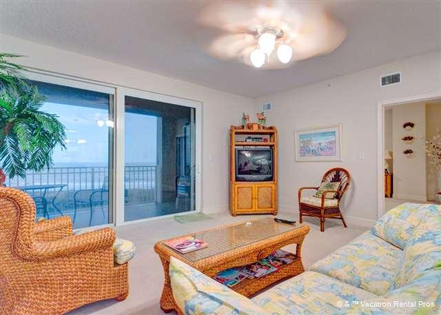 Leave the doors open and listen to the surf - Surf Club II 604 Beach Front, 2 pools, elevator, wifi - Palm Coast - rentals