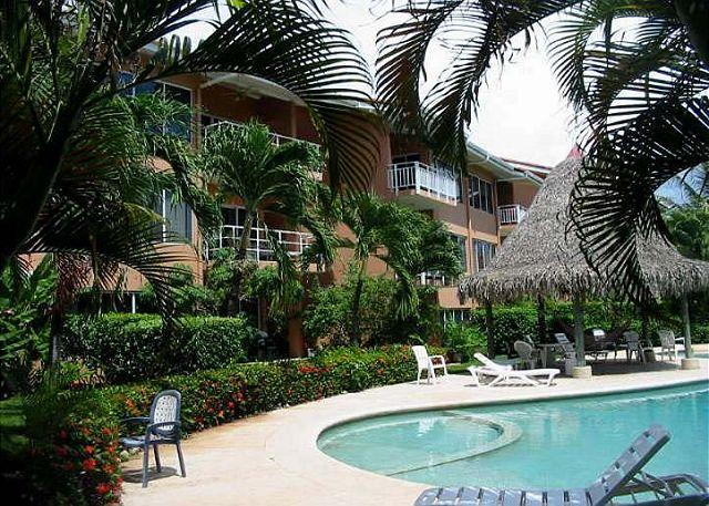 Pool Area - Beautiful beachfront townhome, with views, a/c, full kitchen, cable tv - Tamarindo - rentals