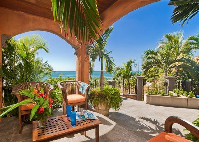 Private Terrace overlooking beach - Relaxing beachfront home- internet, a/c, gas grill, full kitchen, wine cooler - Tamarindo - rentals
