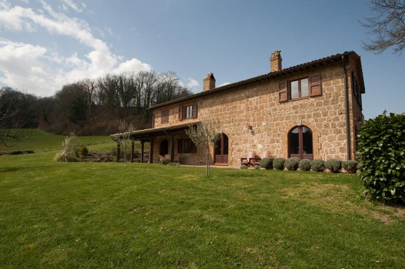 Tuscany Farmhouse - Proceno - Bracciano - Image 1 - Proceno - rentals