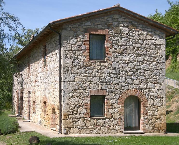 Renting Villa in Tuscany - Tenuta Abbazia - Casa Il Cinghiale - Image 1 - Sarteano - rentals