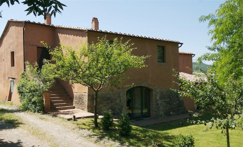 Tuscany Vacation Villa - Tenuta Abbazia - Casa Il Fagiano - Image 1 - Sarteano - rentals