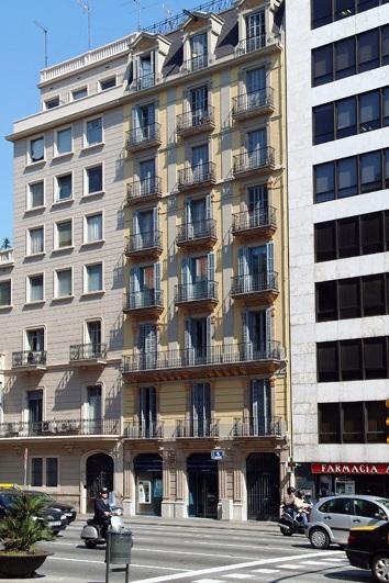 Apartment Rental in Catalonia, Barcelona City - Passeig de Gracia - Image 1 - Barcelona - rentals