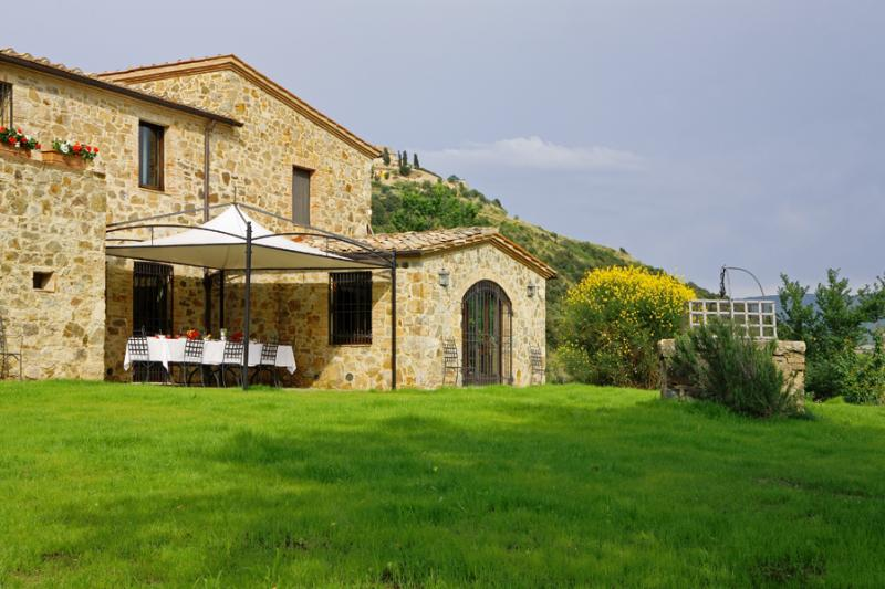 Tuscany Villa - Poggio dell'Arte - Image 1 - Castelnuovo dell'Abate - rentals