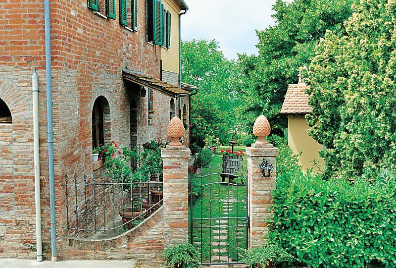 Villa Rental in Tuscany, Foiano della Chiana - Villa Baldacchino - Image 1 - Cortona - rentals