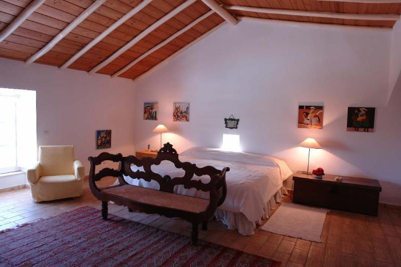 Villa Rental in Algarve, Lagos - Villa de Diogo - Image 1 - Algarve - rentals